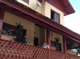 Hospedagem dona Tania, budget hotel in Canela