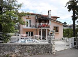 Apartments and rooms with parking space Lovran, Opatija - 2321, B&B in Lovran