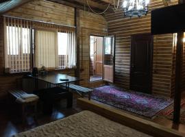 Alphouse Azau, hotel in Terskol