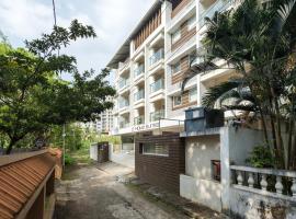 D Homz Suites, hotel in Cochin