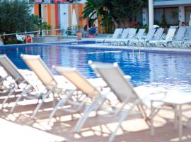 Hotel Puchet, hotel en San Antonio