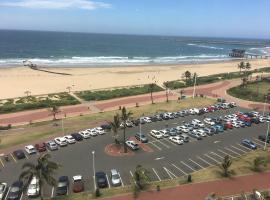 Tenbury Apartments, hotel near uShaka Marine World, Durban
