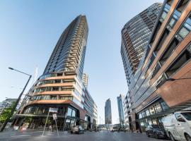 Melbourne Private Apartments - Collins Street Waterfront, Docklands, apartment in Melbourne