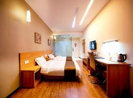 Thank Inn Chain Hotel Jiangsu Yangzhou Shaobo Grand Canal, hotel in Yangzhou