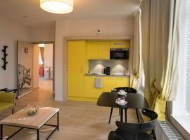 Domitys Le Carillon d'or, hotel in Maubeuge