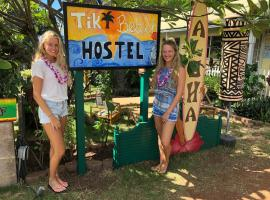 Tiki Beach Hostel, glamping site in Lahaina