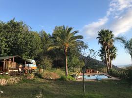 Casa del Paso, hotel cerca de Fuentes del Algar, Bolulla
