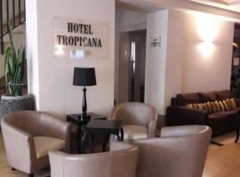 Tropicana Hotel, hotel in St Julian's