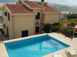 Family friendly apartments with a swimming pool Pag - 12795, budget hotel in Pag