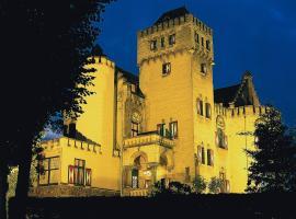 Hotel Kasteel Geulzicht, hotel near Gemeentegrot Valkenburg, Berg en Terblijt
