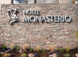 Monasterio Hotel Boutique, hotel en San Carlos de Bariloche