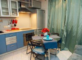 Apartment N1 on Ramenki Street, hotel near Michurinsky Prospekt Metro Station, Moscow