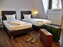 Industriepalast Hotel Berlin, hotel near East Side Gallery, Berlin