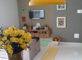 Homestay Cobertura Compartilhada, hotel near Waterpark Água Show, Florianópolis