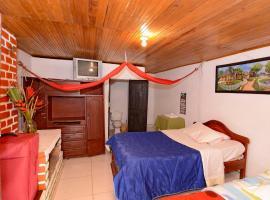 Hotel Imperio Copacabana, hotel en San Agustín