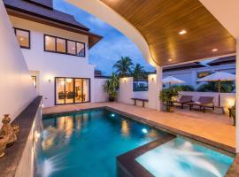 Penthouse Savoye, villa in Ao Nang Beach