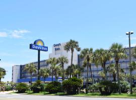 Days Inn by Wyndham Panama City Beach/Ocean Front, motel in Panama City Beach