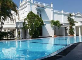 Bougain Villa, hotel in Bentota