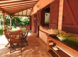 Villa des Amandiers, Ferienunterkunft in Les Anses-d'Arlets