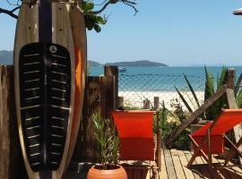 Residencial Bombinhas Pé na Areia, hotel near Lagoon Beach, Bombinhas