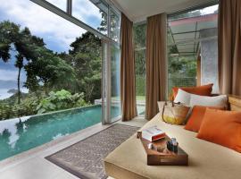Ambong Pool Villas - Private Pool, villa in Pantai Cenang