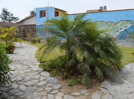 Luisfersurfcamp, hotel near Pachamac, Lima