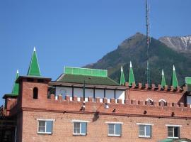 Замок горного короля, отель в Аршане