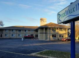 Riverwalk Inn & Suites, hotel in Fort Atkinson