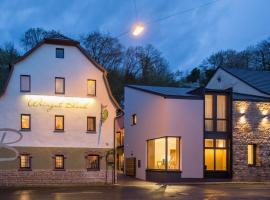 Weingut Blank, hotel in Homburg