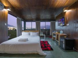 Gusto Accommodation, hotel in Pokhara