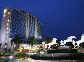 Java Palace Hotel, hotel near Wibawa Mukti Stadium, Cikarang