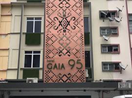 Hotel Gaia 95, отель в Кота-Кинабалу