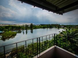 Na Siri Lake View, hotel in Samut Prakan