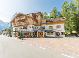 Residence Grüne Laterne - Lanterna Verde, hotel in Sesto
