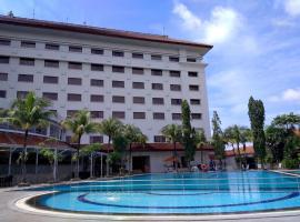 The Sunan Hotel Solo, hotel di Solo