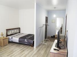 Apartments on Serebryanka 48, self catering accommodation in Pushkino