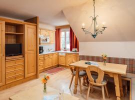 Murrmel Apartments, pet-friendly hotel in Sankt Anton am Arlberg