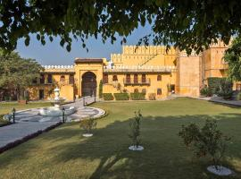 Amritara Gogunda Palace, hotel with pools in Udaipur