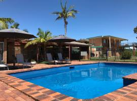 Haven Waters Motel & Apartments, hotel near Dunbogan Boatshed and Marina, North Haven