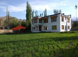 Palay Shay Shay, self catering accommodation in Leh