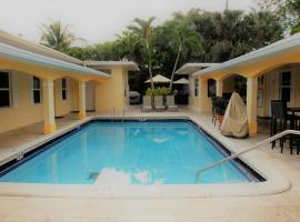 The Hotel Deauville, hostel in Fort Lauderdale