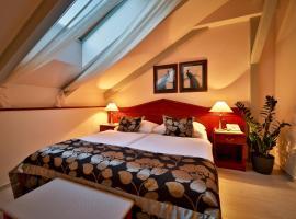 Carlton, hotel near Aqua Park, Prague