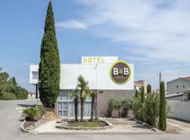 B&B Hôtel ORANGE - Échangeur A7 A9、オランジュのホテル