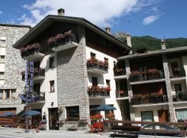 Hotel Al Caminetto, hotel in Valtournenche