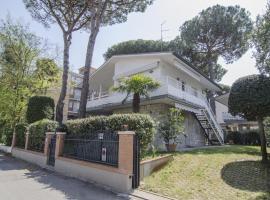Appartamenti Federica, hotel near Pineta, Milano Marittima