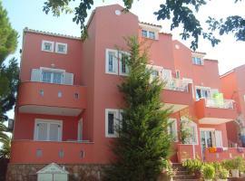 Villa Spiros II, hotel near Laganas Beach, Laganas