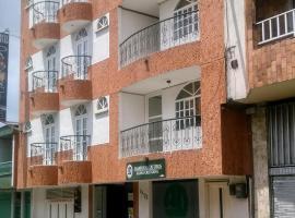 Hotel del Parque Davinchi, hotel in Calarcá