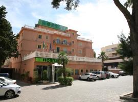 Hostal La Casa de Enfrente, pension in Málaga