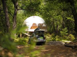 Domos Treepod, luxury tent in Las Trancas