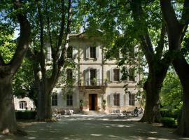 Hotel Château Des Alpilles, hôtel à Saint-Rémy-de-Provence